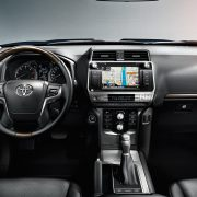 toyota-land-cruiser-2017-interior-tme-014-a-full_tcm-3027-1133323