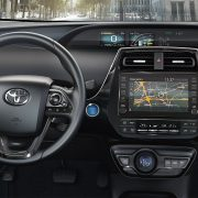 toyota-prius-plug-in-2019-gallery-11-full_tcm-3027-1685371