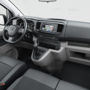 toyota-proace-2016-interior-tme-018-a-full_tcm-3027-697717
